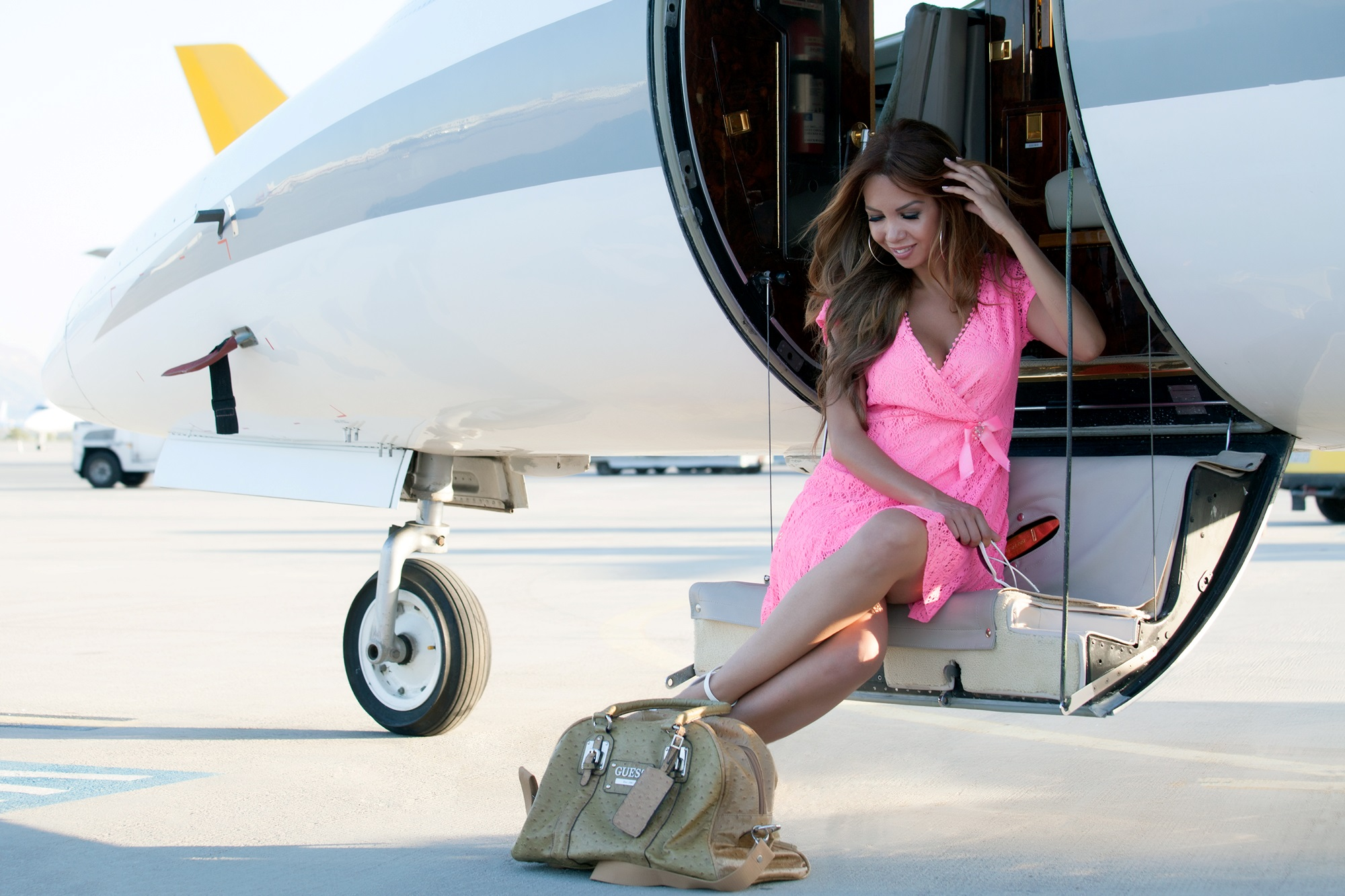 Travel In Style With A Learjet 35 Business Jet Charter