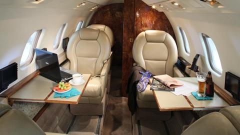 Learjet 55