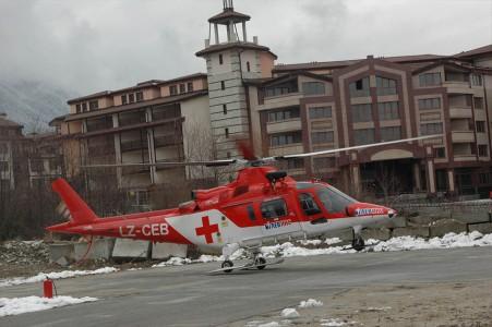 original_HeliAir_Bansko_Ski_Apline _Skiing_World_Cup_2015_skiing_Rescue_Helicopter_operations_Bulgaria_15